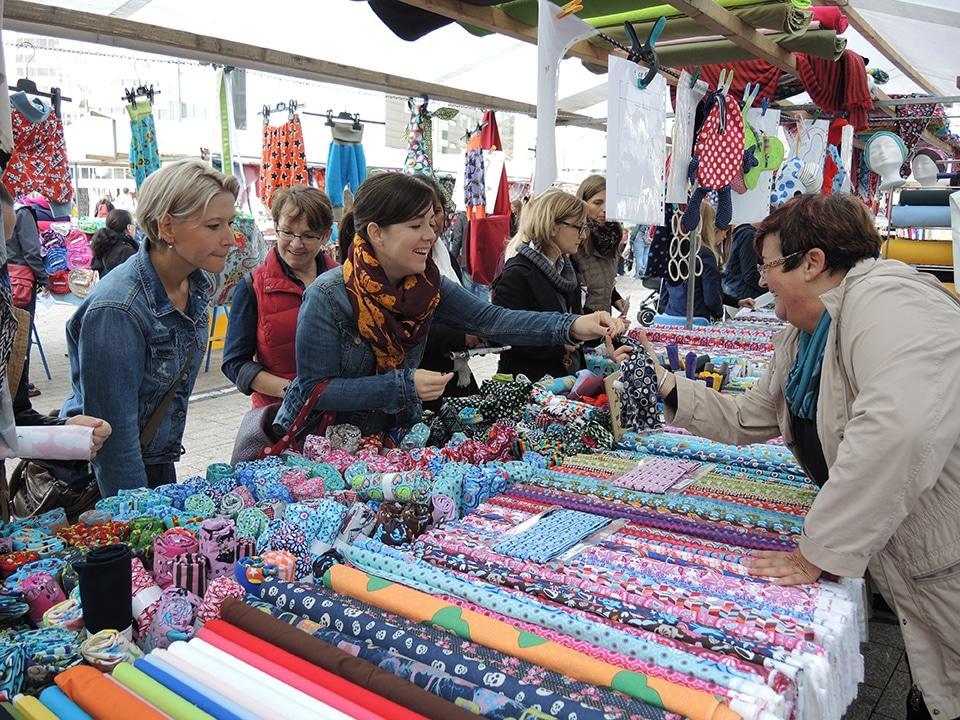 Deutsch Holländischer Stoffmarkt Am 3 März Auf Der Unteren